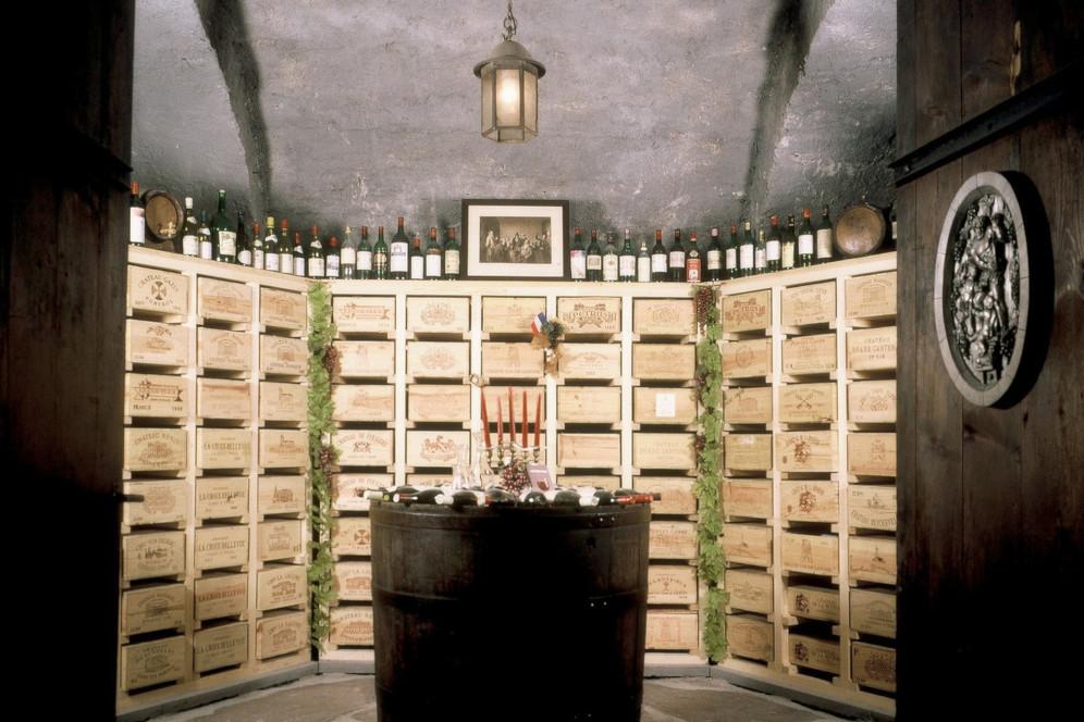 Spezialitätenkeller Wein Burgund Bordeaux Bündner Herrschaft